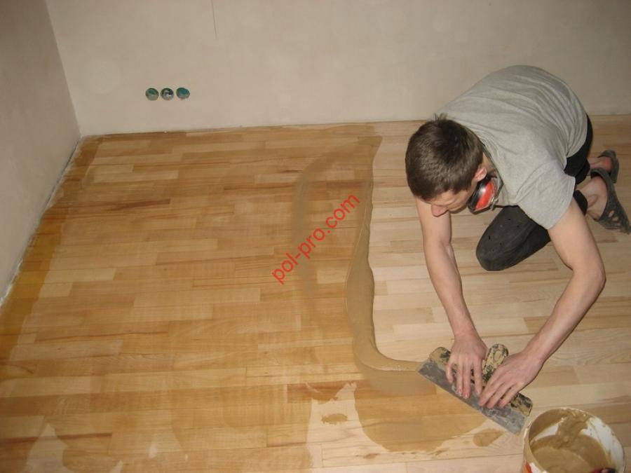 Покрытие деревянного пола лаком своими руками 46