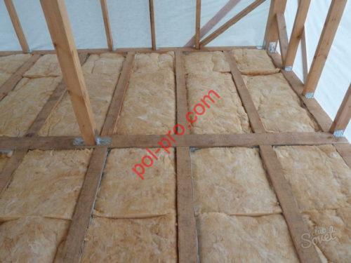 Фото - решение для утепления пола деревянного дома, материал - минеральная вата